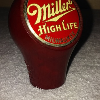 "1930's MILLER HIGH LIFE ""BEER BALL"" bakelite tap handle - Breweriana"