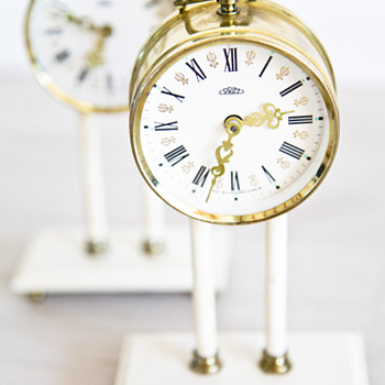 2 Clocks - Clocks