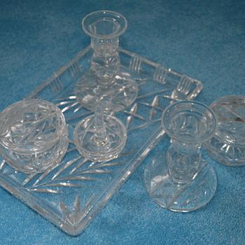 Cut lead crystal vanity set