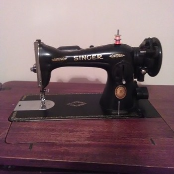 Singer sewing