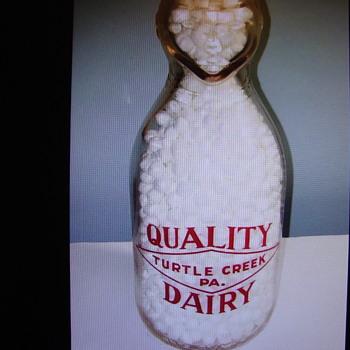 QUALITY DAIRY..TURTLE CREEK PENNSYLVANIA COP THE CREAM... - Bottles