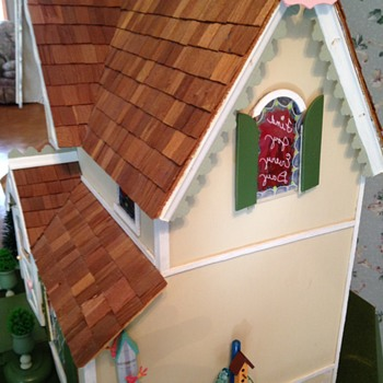 Dollhouse I built (twice)...more pictures - Dolls