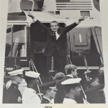 Nixon leaving White House Aug 9th 1974 to California after impeachment.  - Photographs