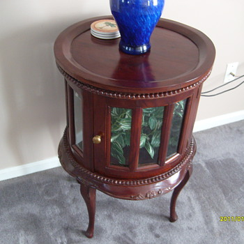 Old Chocolate Table - Furniture