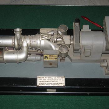 Edward Exley gas turbine engine model - Model Trains