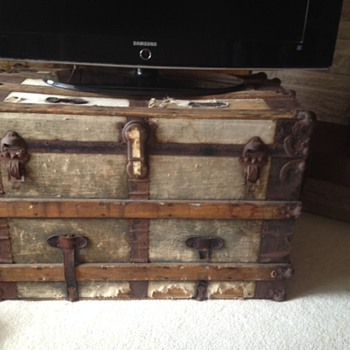 Trunk Used to Immigrate from Germany in the 1950s- Info? - Furniture