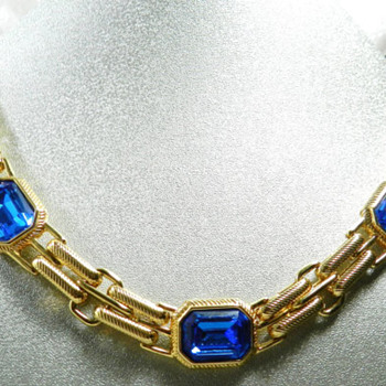 Blue golden swarovski necklace