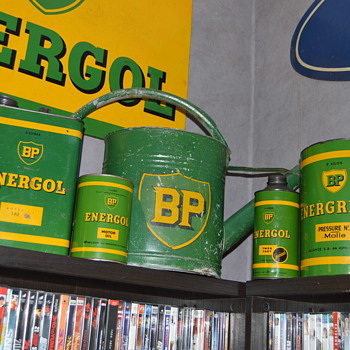 bp oil cans - Petroliana