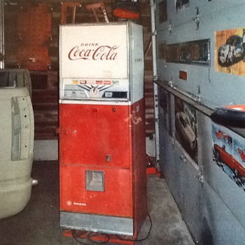 Westinghouse Dial-o-Matic Coke Machine - Coca-Cola