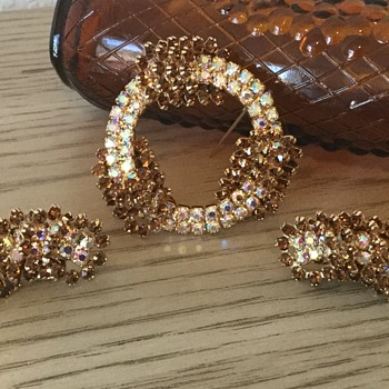 KRAMER SET...topaz rings! - Costume Jewelry