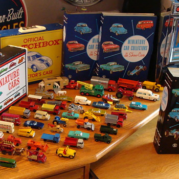 Vintage Matchbox Cars and Case from the 1960s. - Model Cars