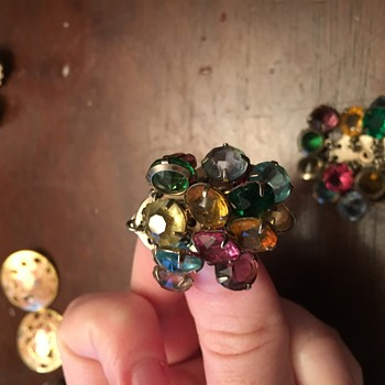 Vintage earrings  - Costume Jewelry