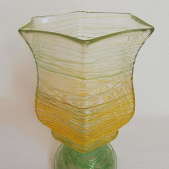 Kralik Vase with Trailing - Art Glass