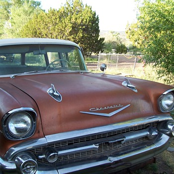 1957 210 9 pass  chevy wagon
