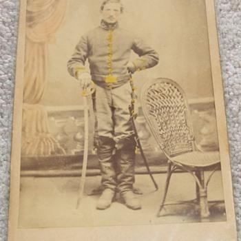 Civil War cavalry soldier cabinet card