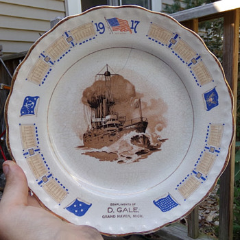 WW1 Battleship Advertising Plate - Military and Wartime