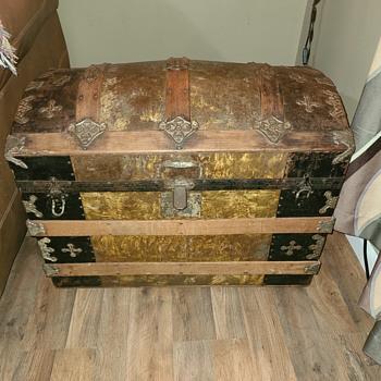 My antique steamer - Furniture