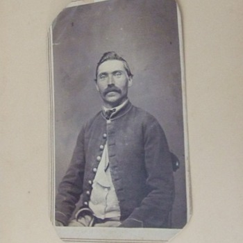 Wisconsin Civil War soldier CDV - Military and Wartime