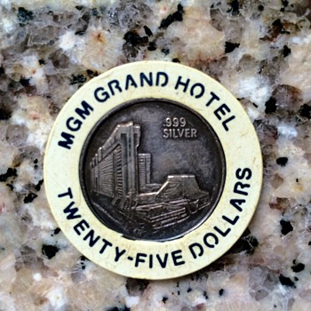 Rare, Possibly Unique White $25 MGM Grand .999 Silver Dean Martin Special Issue Casino Chip