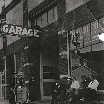 Photos of Early Gas Pumps - Photographs