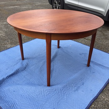 "Beautiful teak table! Marked  ""cjrosengaarden"" Help please! - Furniture"