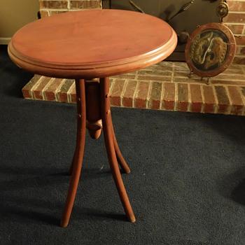 Odd table - Furniture