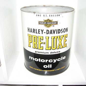 Harley Davidson one gallon can FULL!!