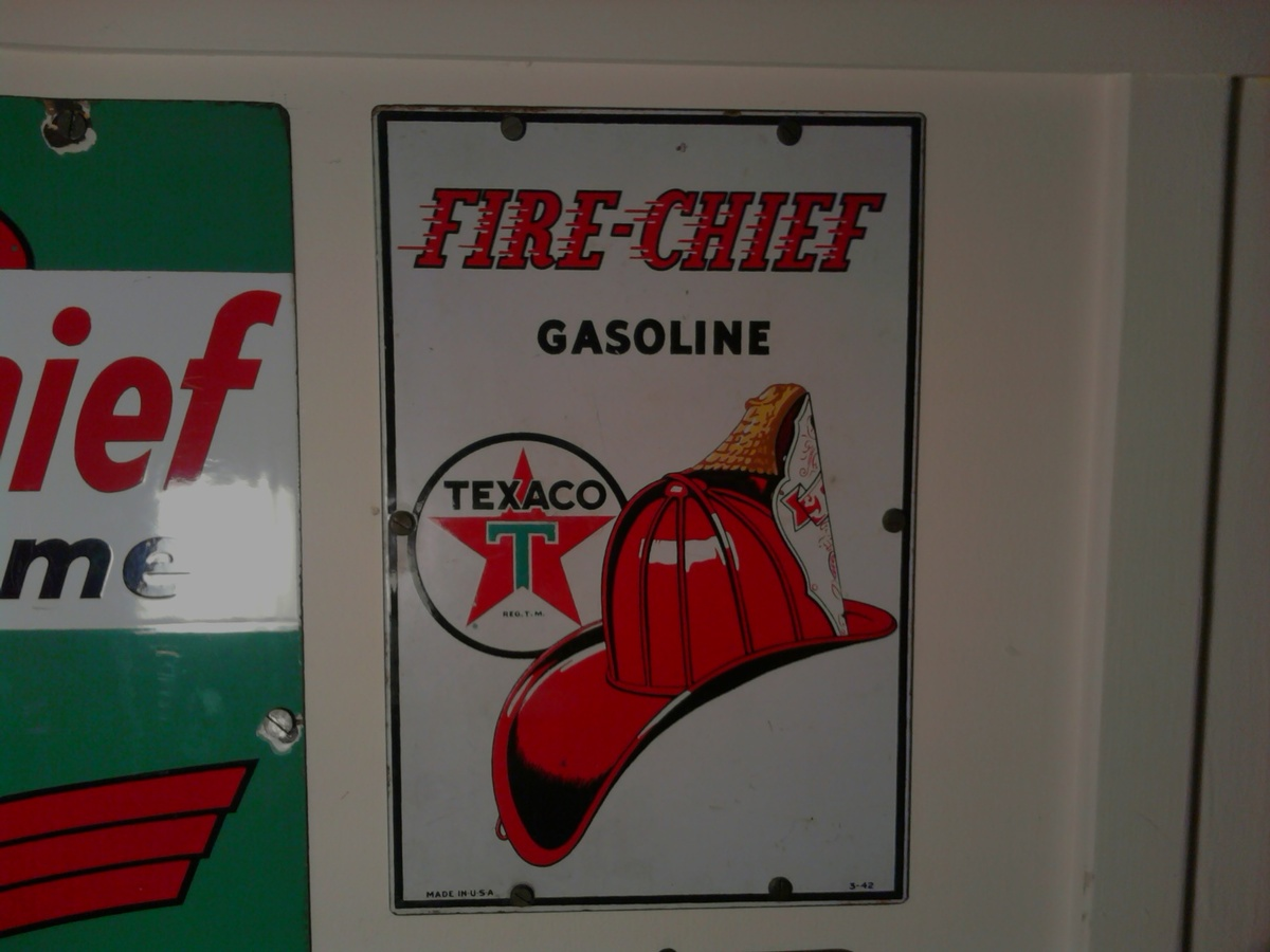 Texaco Pump Signs | Collectors Weekly