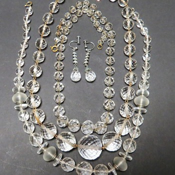 Vintage Faceted Glass or Crystal Necklace - Costume Jewelry