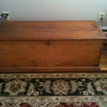 Sea Chest  possibly 1800's  -  - Furniture