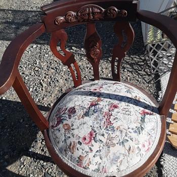 Vintage secretaries chair - Furniture