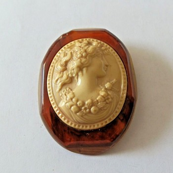 Large Bakelite and Possible Lucite or Celluloid Cameo - Costume Jewelry