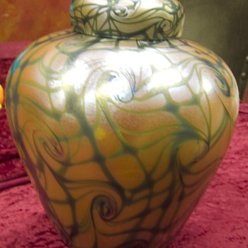 Victor Durand ginger jar   Vinland glass works 1923 - 1930 - Art Glass