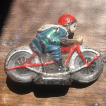 "Heavy Motorcycle with Rider 4"" long - Model Cars"