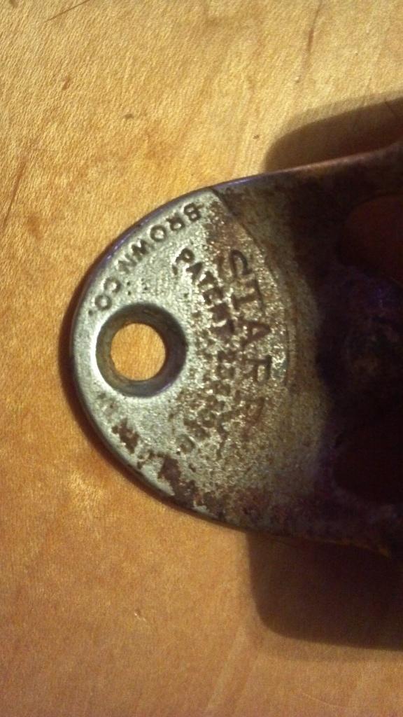 coca cola bottle opener 2333088