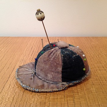 JUNE's PINCUSHION - Sewing