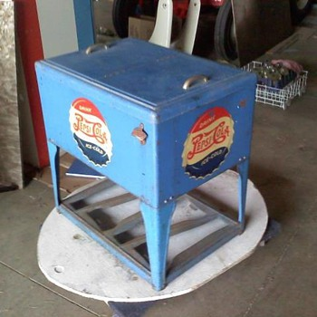 1940's Pepsi Ice Chest - Advertising
