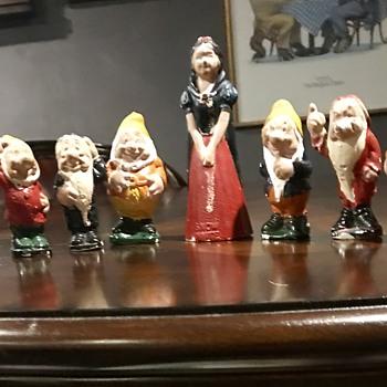 Vintage Snow White & The Seven Dwarfs  - Advertising