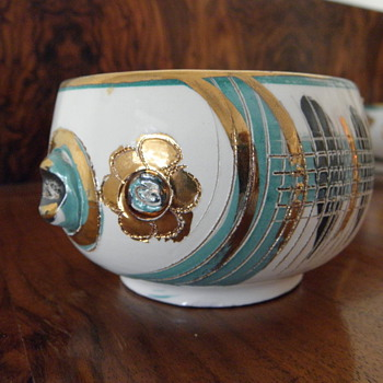 Mystery : Mid Century Italian Fish Cups! - Pottery