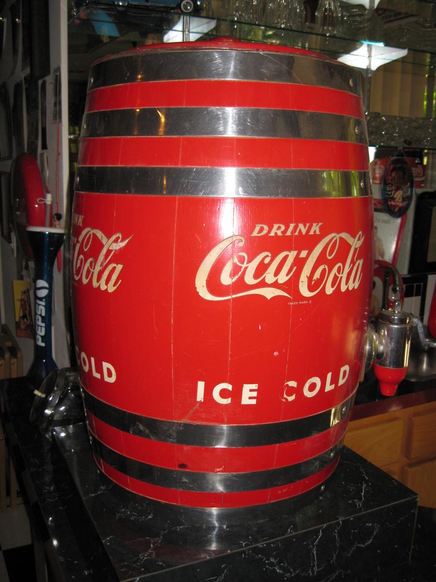 Coca-Cola Dispenser Barrel | Collectors Weekly