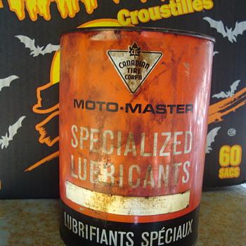 grease tins  - Petroliana