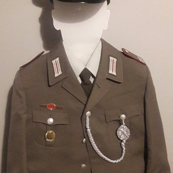 Germany during the cold war - Part 9 - East German Stasi Uniform - Military and Wartime