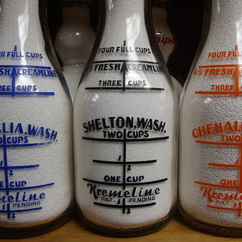 THREE WASHINGTON STATE KREMELINE DAIRY BOTTLES...... - Bottles