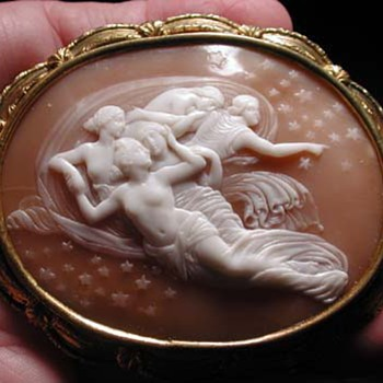 The most rare cameo ever of the celestial nymphs - Victorian Era