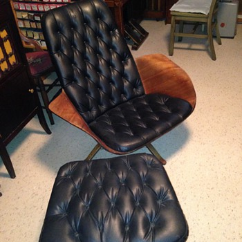 Early Eames lounge chair and ottoman? - Furniture