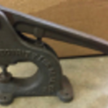 Hand Press (Security Fur Seal Co) - Tools and Hardware