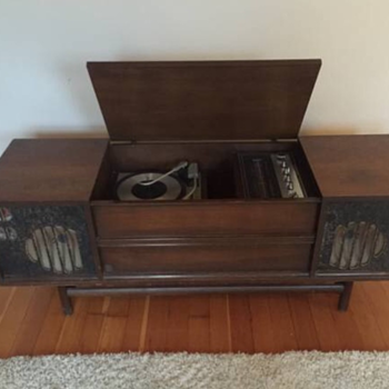 General Electric Stereo Console 1960's