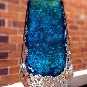 Whitefriars kingfisher blue Coffin vase - Art Glass
