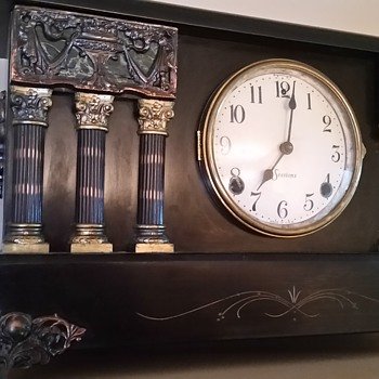 Sessions mantle clock in Canada