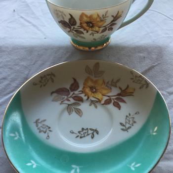 Tea cup and saucer 1